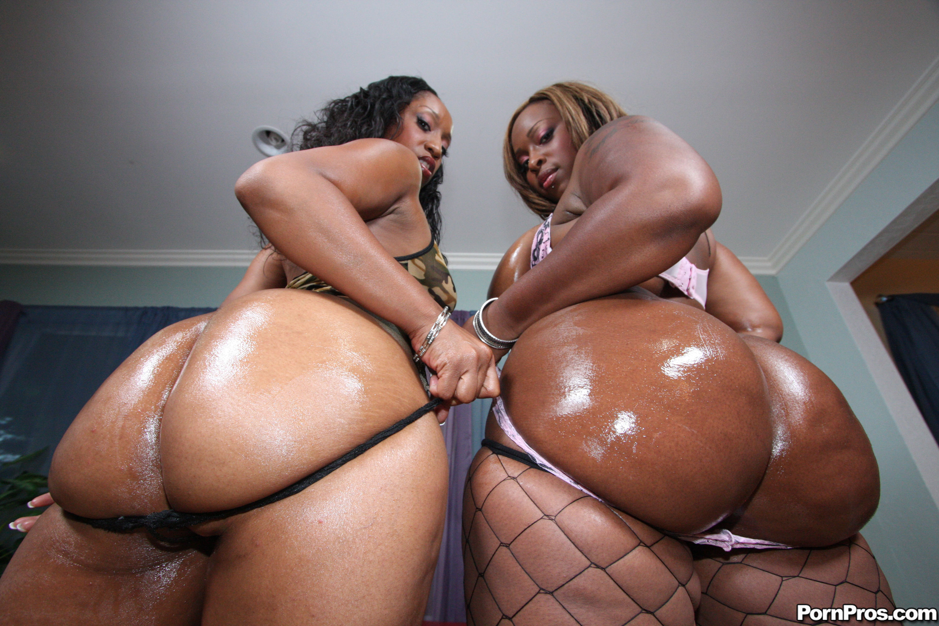 Black phat ass orgy