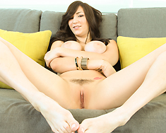 Holly Michaels Wants To Prove Shes Ready For Hollywood In A Major Way - Picture 2