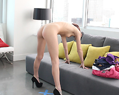 Kiera Winters Has Her 15 Minutes Of Fame By Fucking - Picture 9