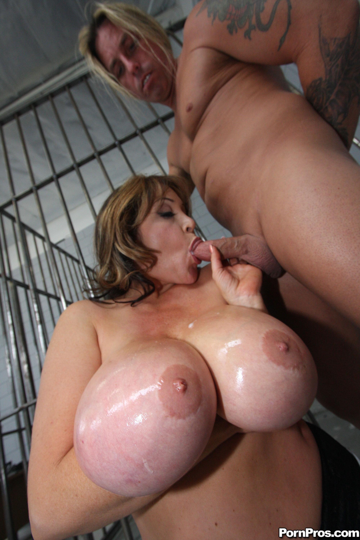 ogromnie-siski-porno-v-anal