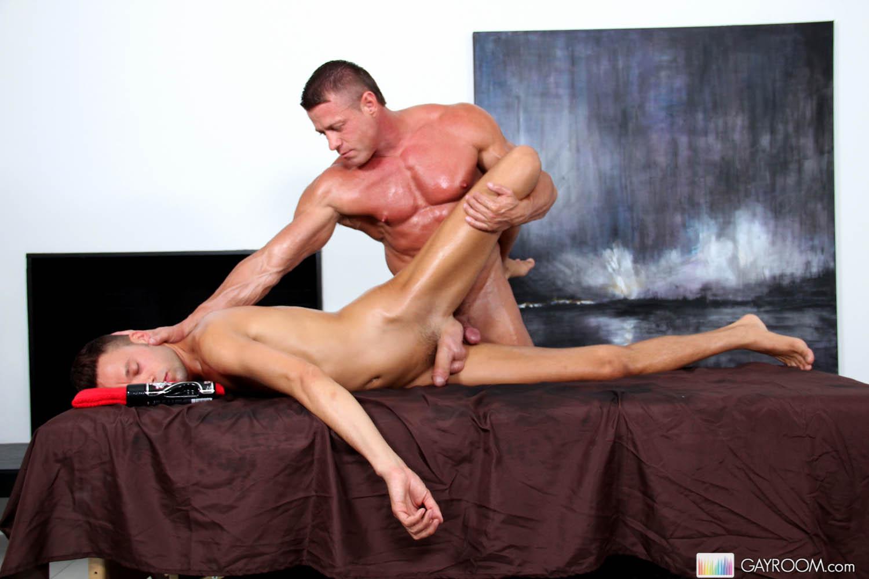 кино онлайн массаж и геи