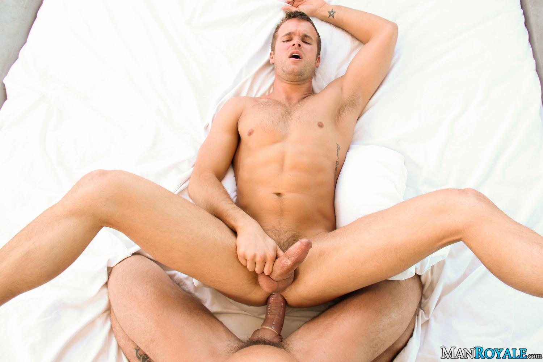 Выебал в жопу гея фото 428-24