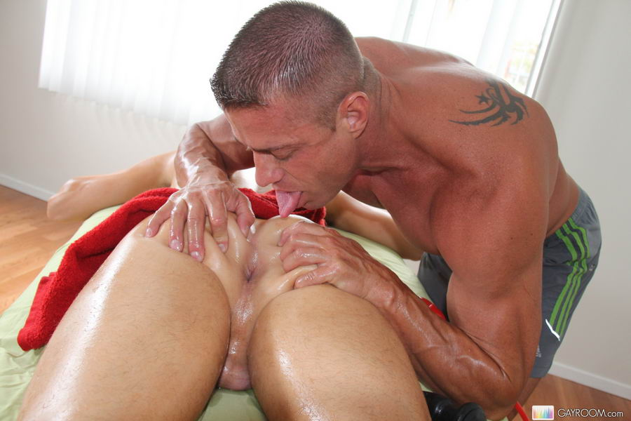 gay find a masseur