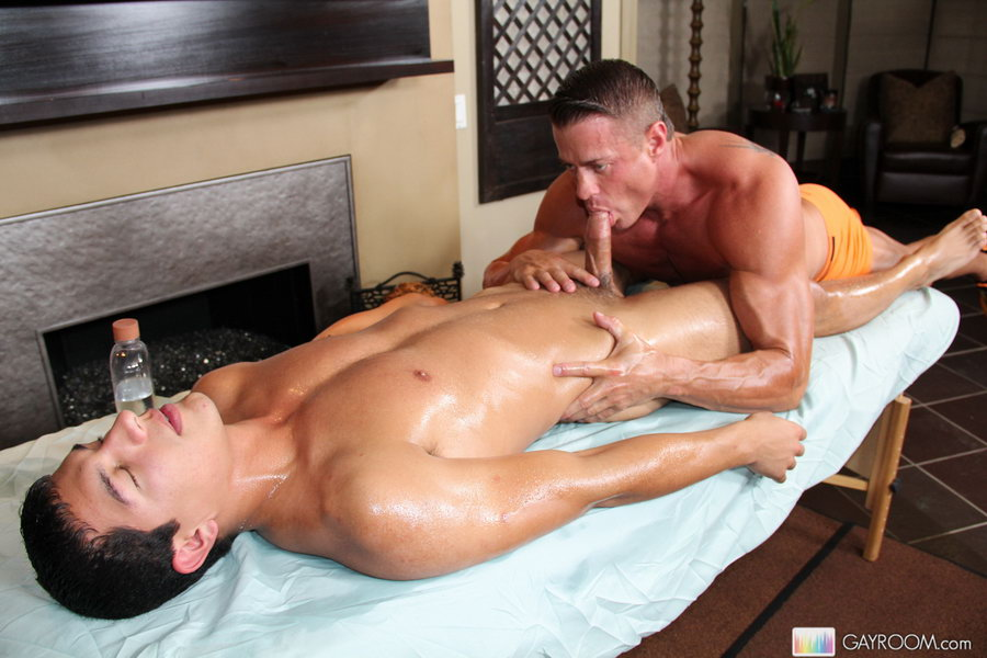 Порно+гей+массаж