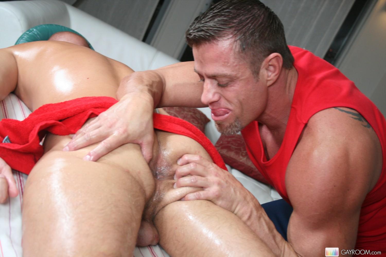 eroticheskiy-gey-massazh