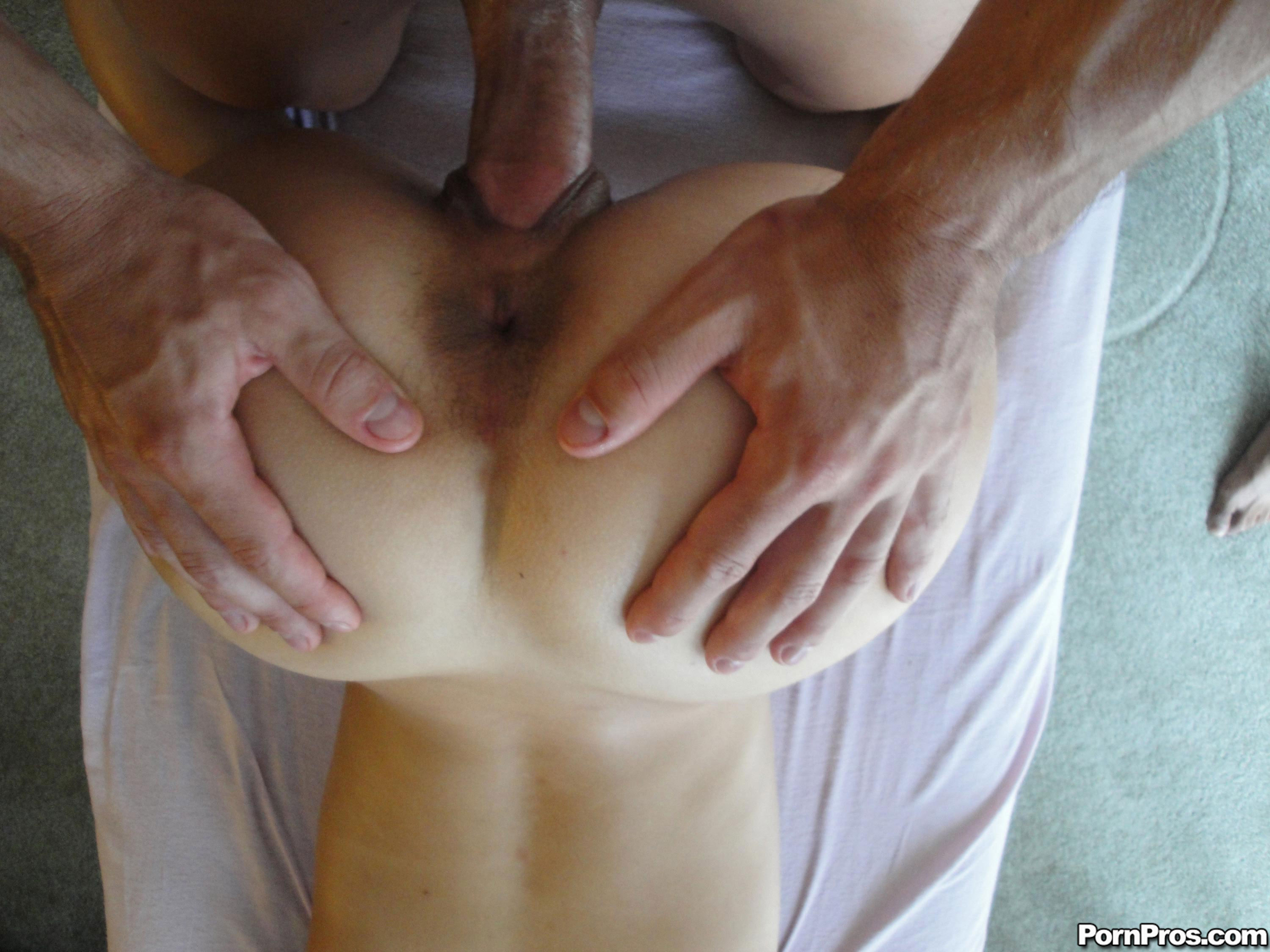 Soft and relaxing handjob for you babe 8