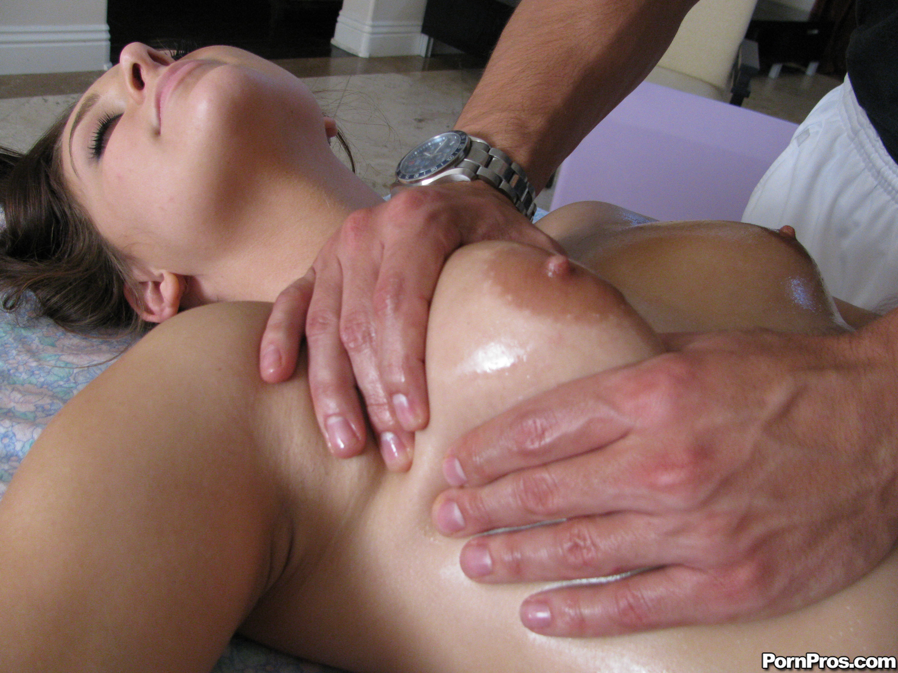 glam creep Gracie massage