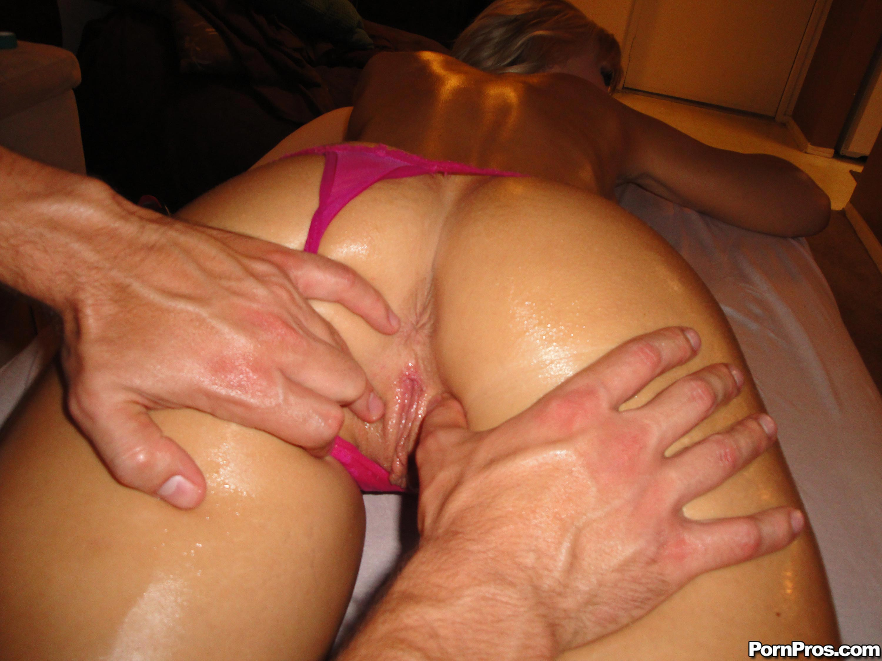 Massage with huge buttocks fat lover 4mass1 3