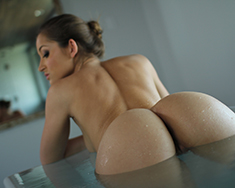 A Nice Bath Isnt The Only Thing Dani Daniels Needs To Relax - Picture 13