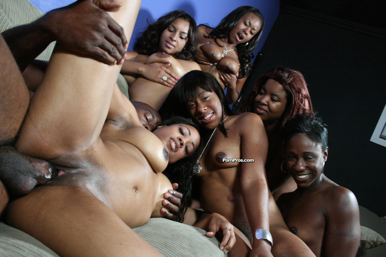 Сутенеры и проститутки порно 17 фотография