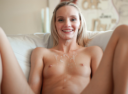 Petite Blonde Sammie Daniels Gets Pussy Stretched Open By Huge Cock - Picture 5