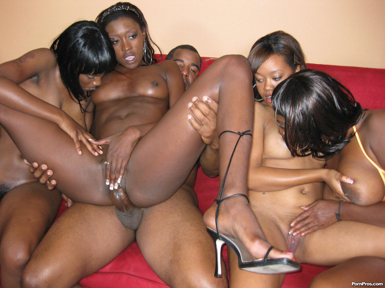 Черный девушки порно фото 3 фотография