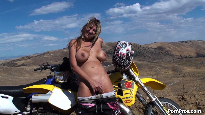 Motocross Sluts 62