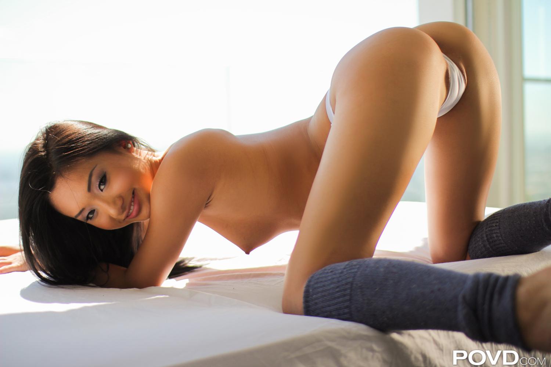 Мыльные секс забавы с азиаткой