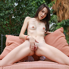 Emily Grey Makes A Delicious Sundae - Picture 1