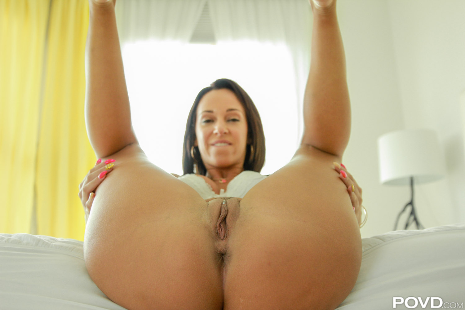 povd | hot phat ass white girl jada stevens gets fucked in pov