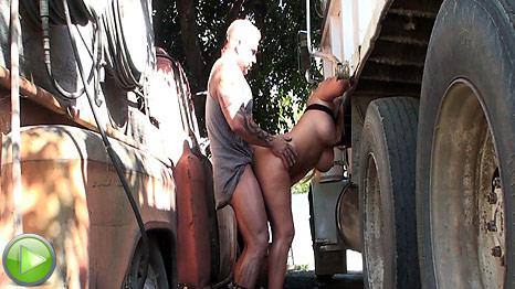 http://images.galleries.pornpros.com/galleries.publicviolations.com/htdocs/vb03/vb03_truckstopfuckingviolations/content/vid03.jpg