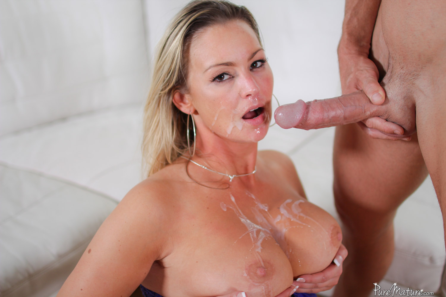 Cum on mature milf