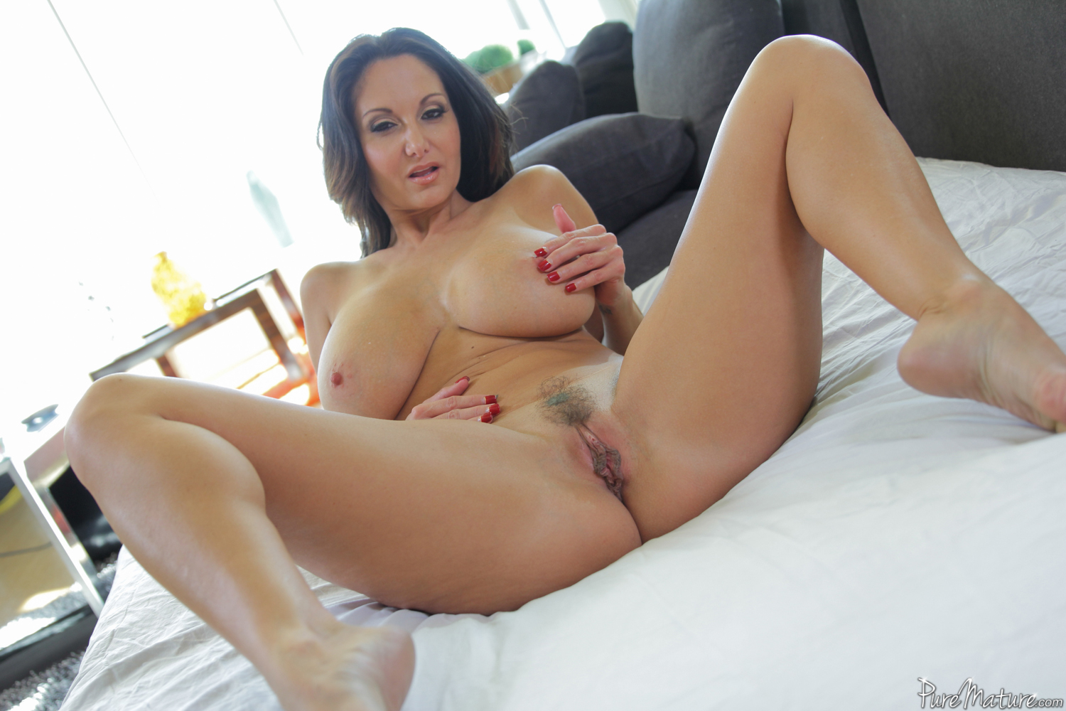 Ava addams huge boobs in action 4