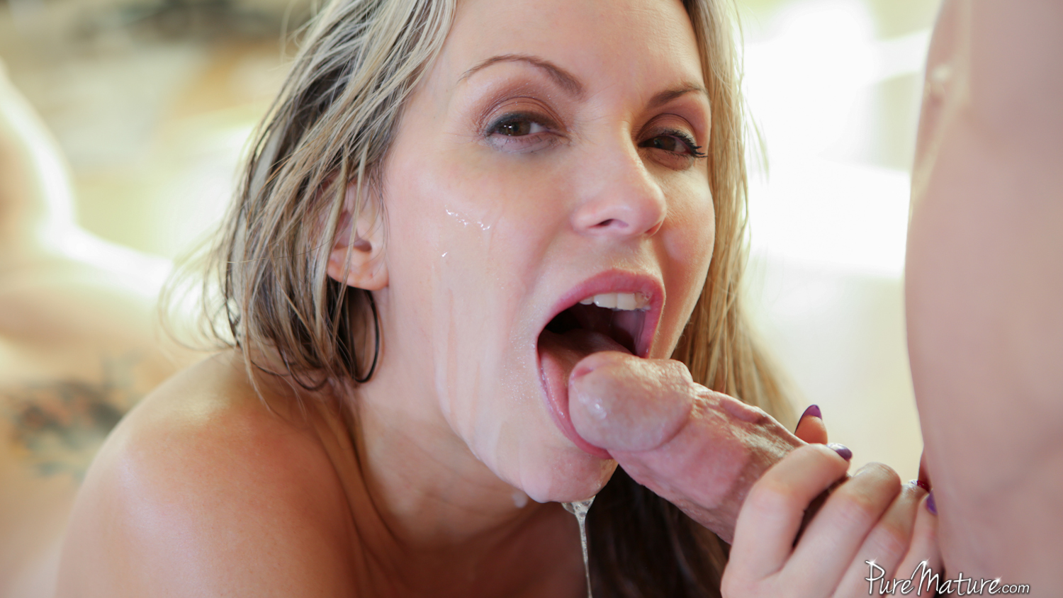 Small tit blonde cums with dildo 9