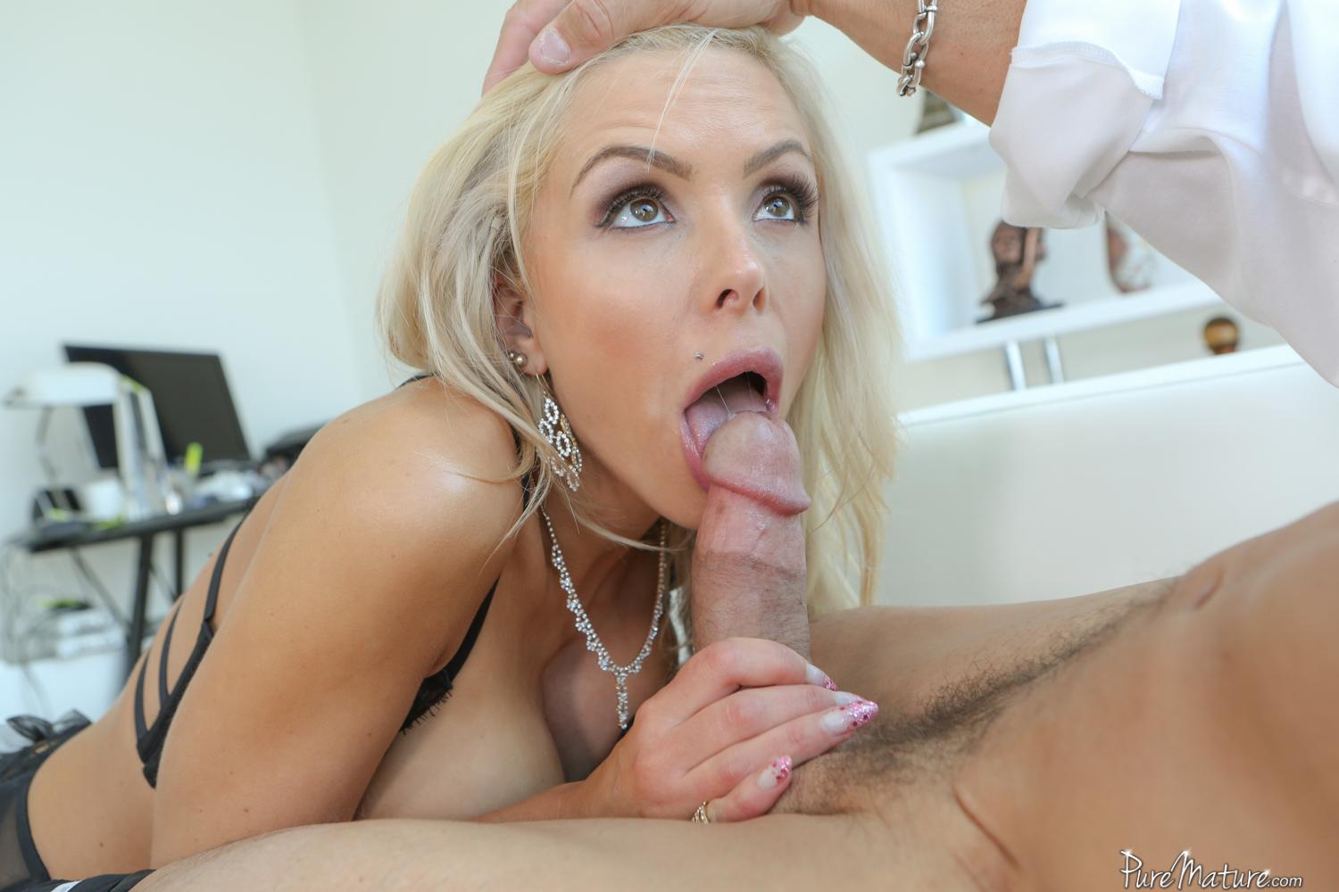 true blonde woman naked
