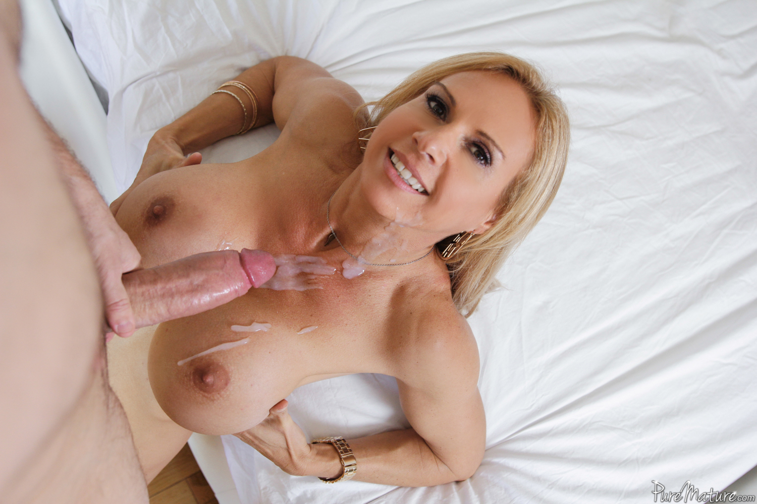 mother teachs daughter to fuck