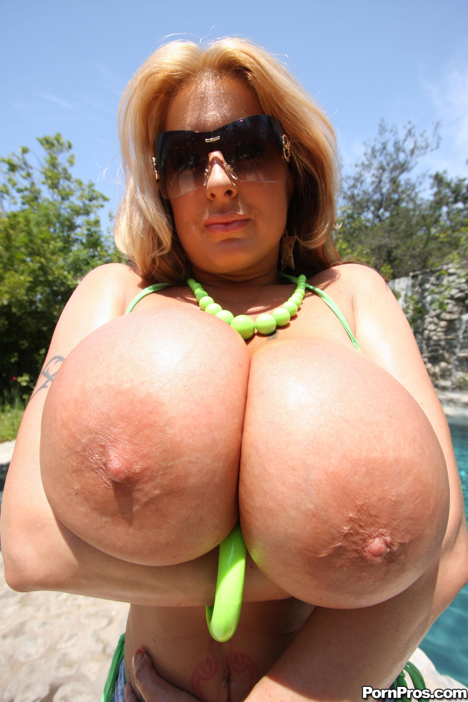 Pics of nude womena