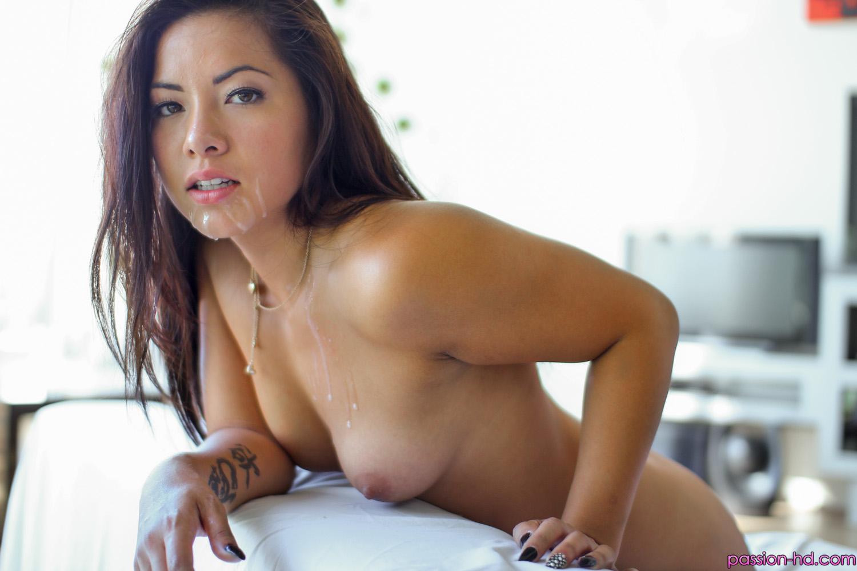 Hot babe kisha fucked hard on her ass