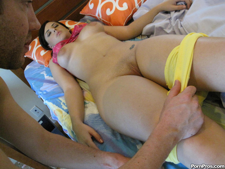 porno-v-trusikah-pyanie
