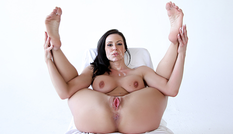 Milf hd porn pics