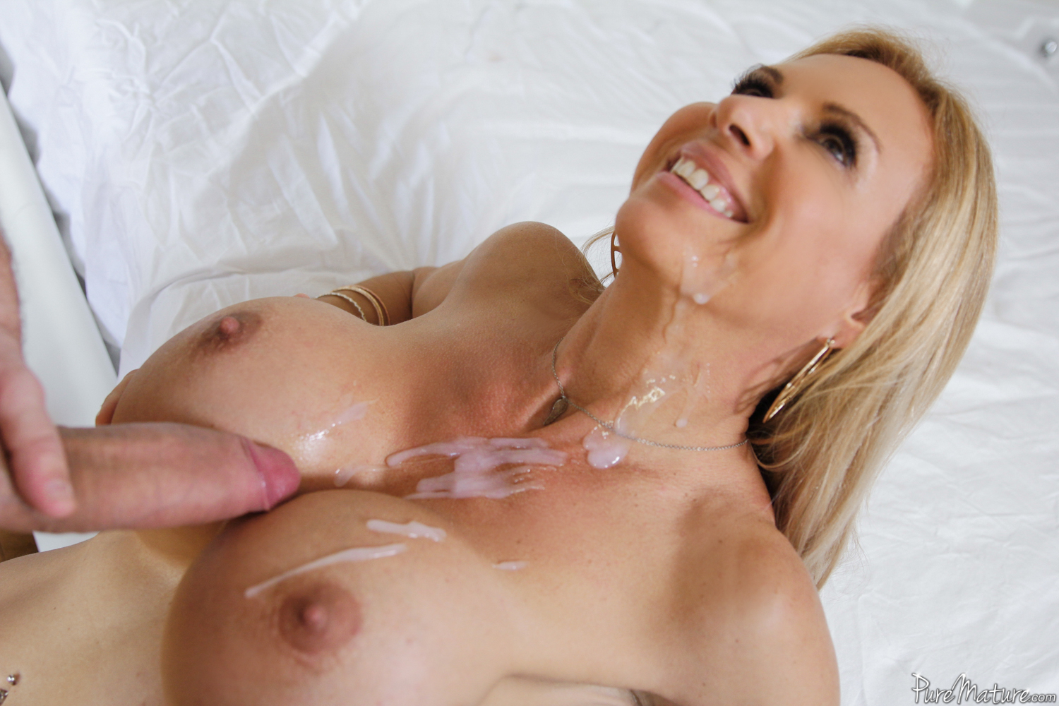 Free milf video streaming